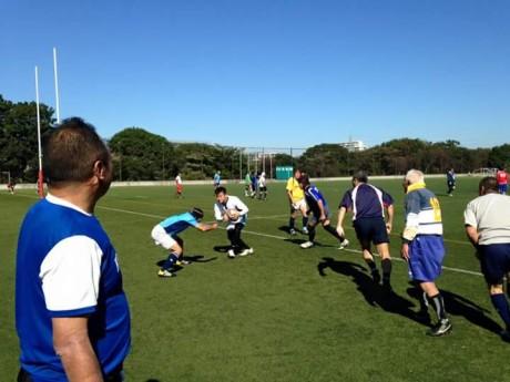 2FB_IMG_1445865768178ラグビー練習アタック